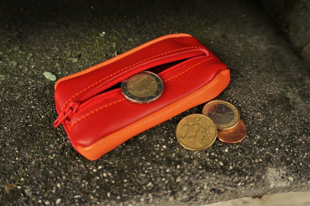 Porte monnaie en cuir  ; grain de café en cuir ; porte monnaie prêt à expédier made in france ; 19/87