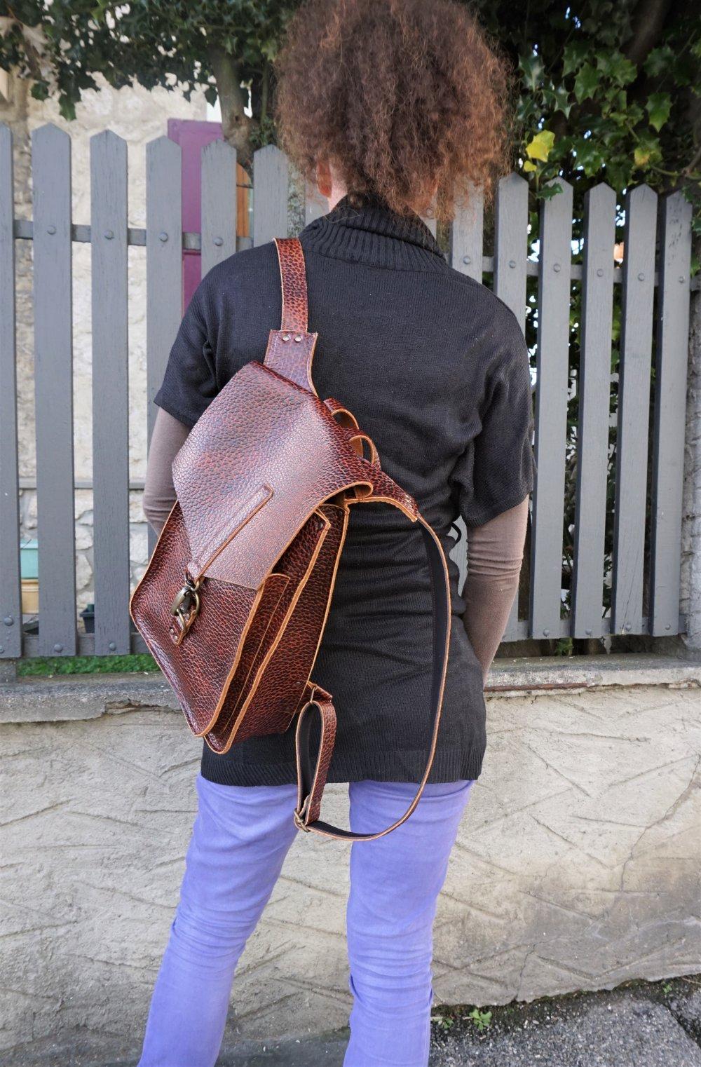 Sac à dos cuir ; sacs à dos en cuir fait en france prêt à expédier ; idée cadeau cycliste