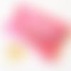 Pochette en cuir rose pour ranger ses papiers ou les masques