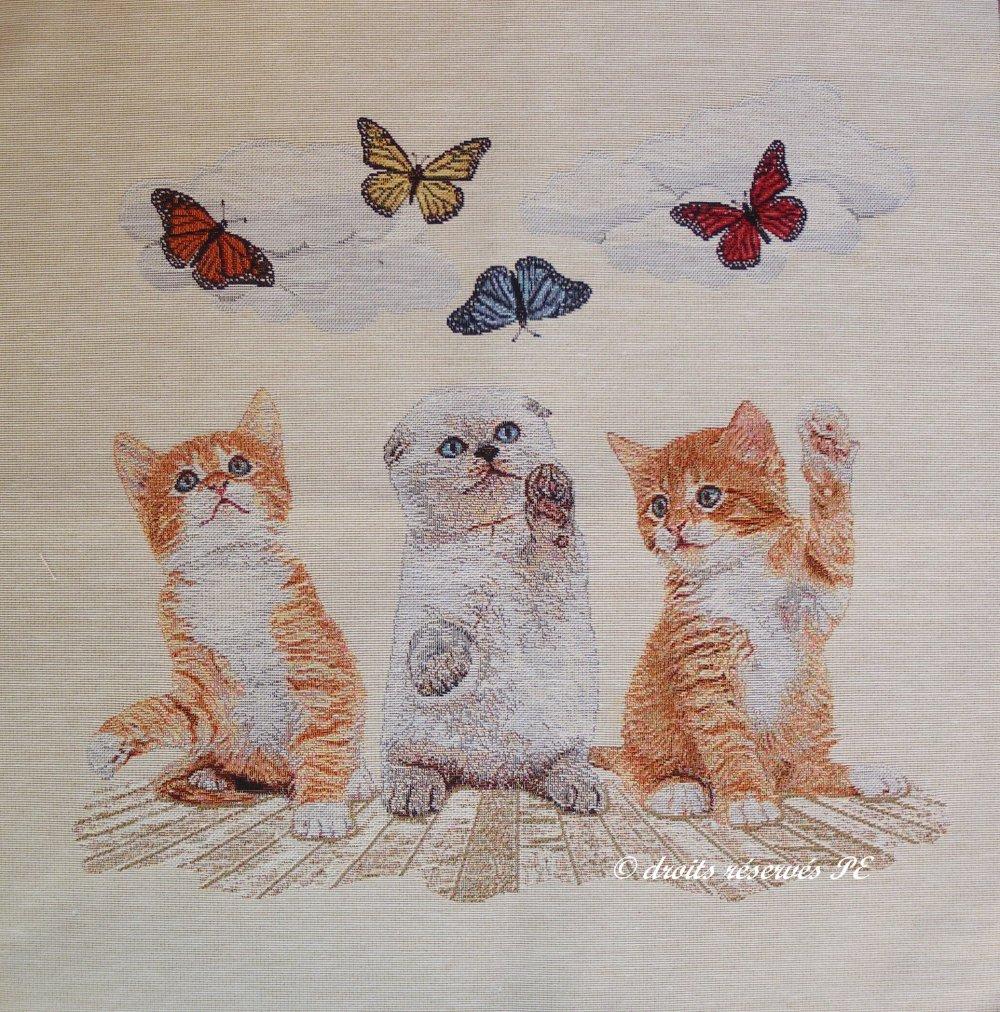 Coupon Tissu Panneau Tapisserie  CHATONS ET PAPILLONS  , tissu jacquard pour coussin, sac, ameublement, décoration intérieure