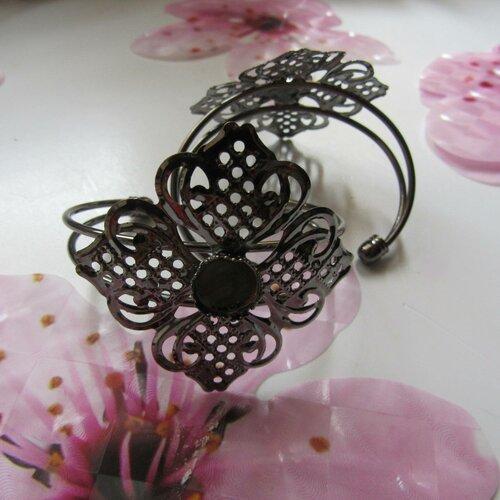 1 support bracelet fleur filigrane en laiton argent antique
