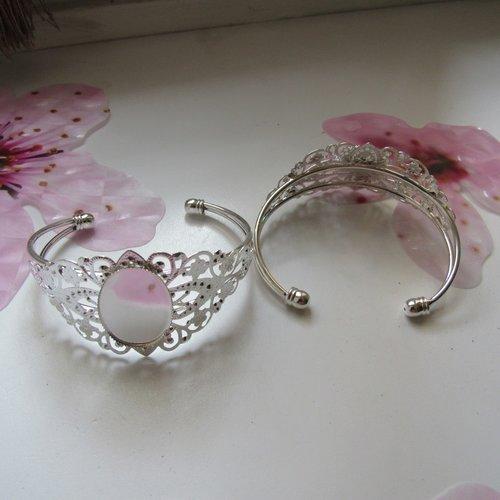 1 support bracelet fleur filigrane en laiton argent
