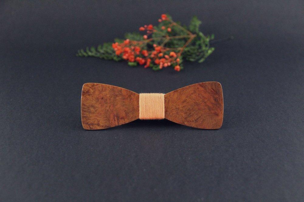 Noeud papillon slim en bois précieux orangé
