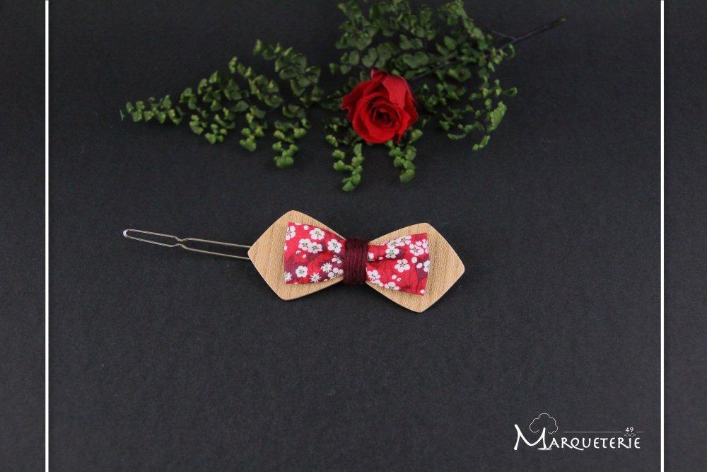 Barrette noeud papillon double bois et tissu liberty Mitsi rouge et blanc