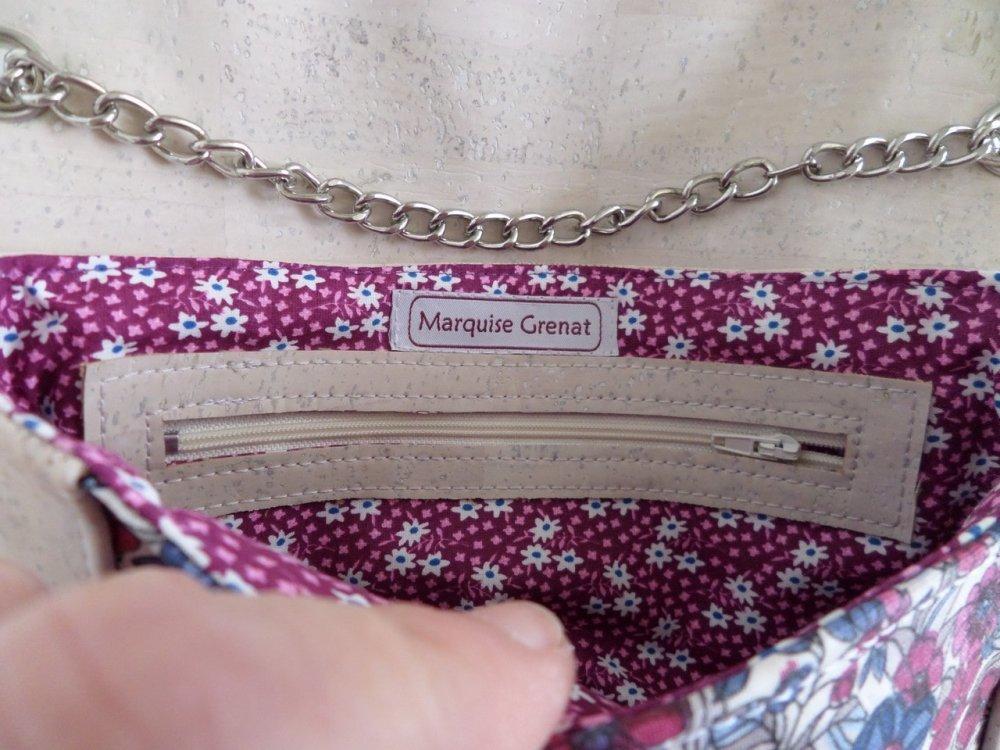Pochette végane écrue bleu rose en liège et coton enduit