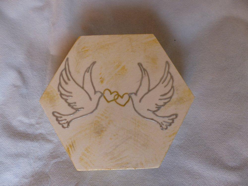 coffret hexagonal les colombes