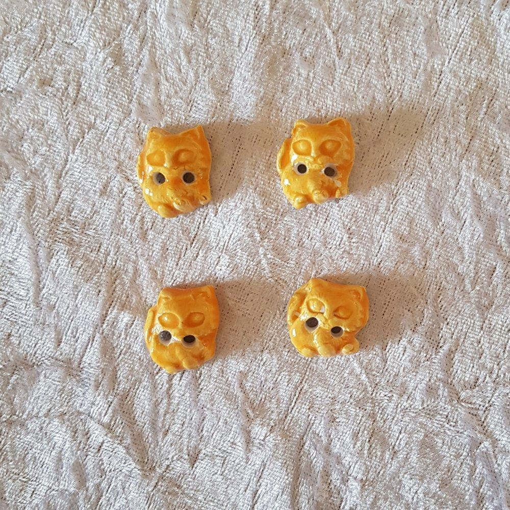 Lot de 4 boutons à coudre en forme de chats jaunes en ceramique faience