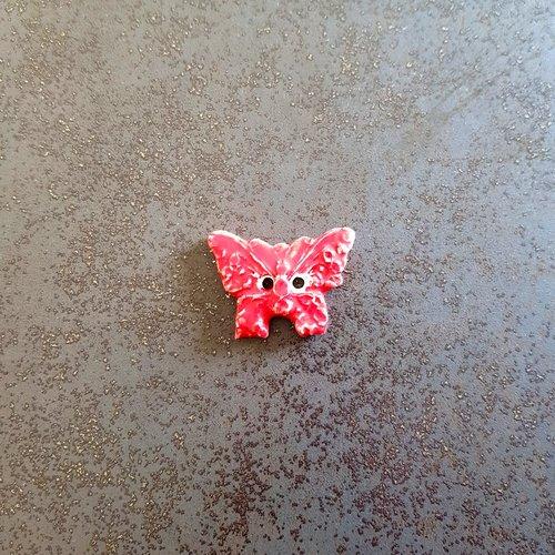 Bouton fantaisie - céramique faience 2 trous - papillon rouge - pour  création textile ou toute autre création  - 1