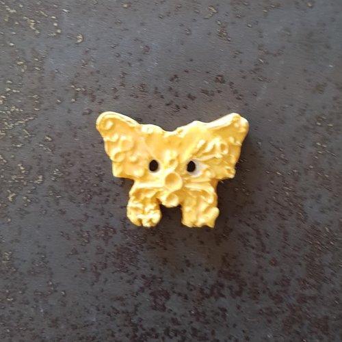 Bouton fantaisie - céramique faience 2 trous - papillon jaune  - pour  création textile ou toute autre création  - 5