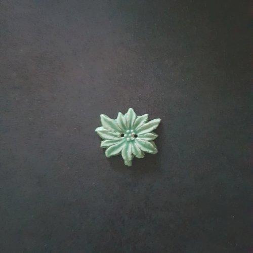 Bouton fleur edelweiss vert céramique faience 2 trous - 35