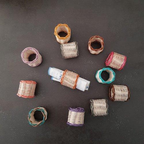 Au choix - anneau de serviette - rond de serviette au choix en rotin tressé artisanalement - vendus à l'unité