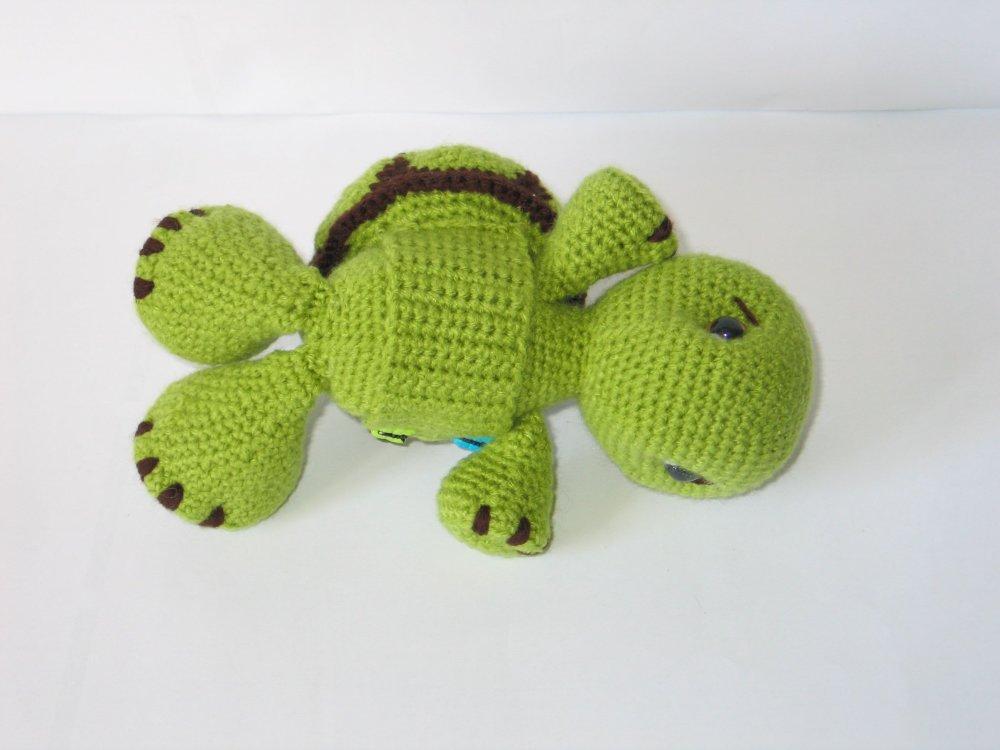 Corail, tortue verte et carapace amovible au crochet