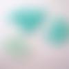 52 petits boutons plastiques 4 trous en dégradé de couleur eau - 11 mm - 3877055