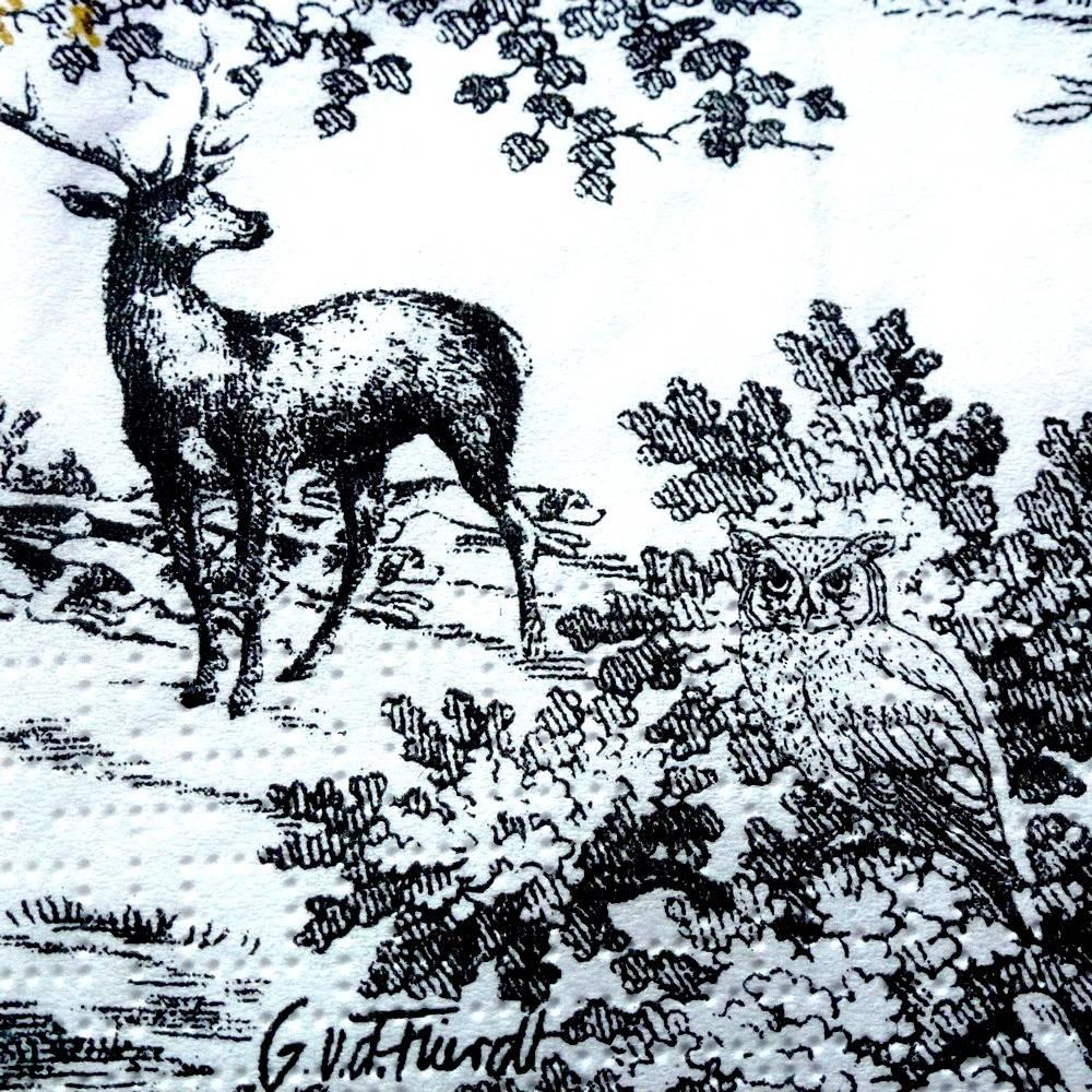Serviette cerfs dans la forêt avec chouette dans les buissons n°2
