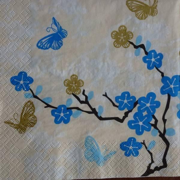 Serviette en papier oiseau bleu avec papillons fleurs bleu et doré