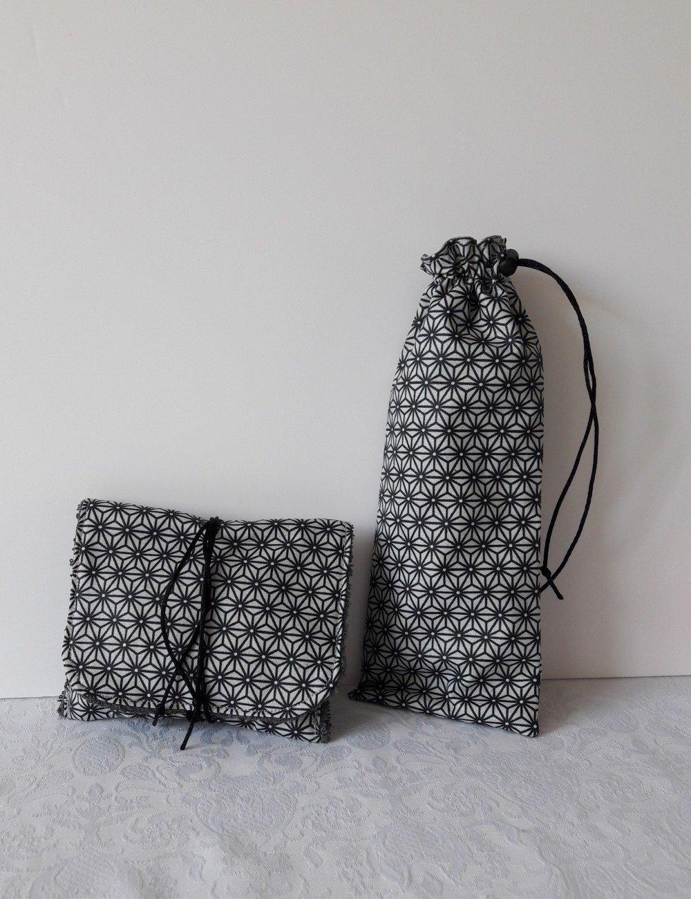 Pochette à savon de voyage , motifs géométriques noir et gris