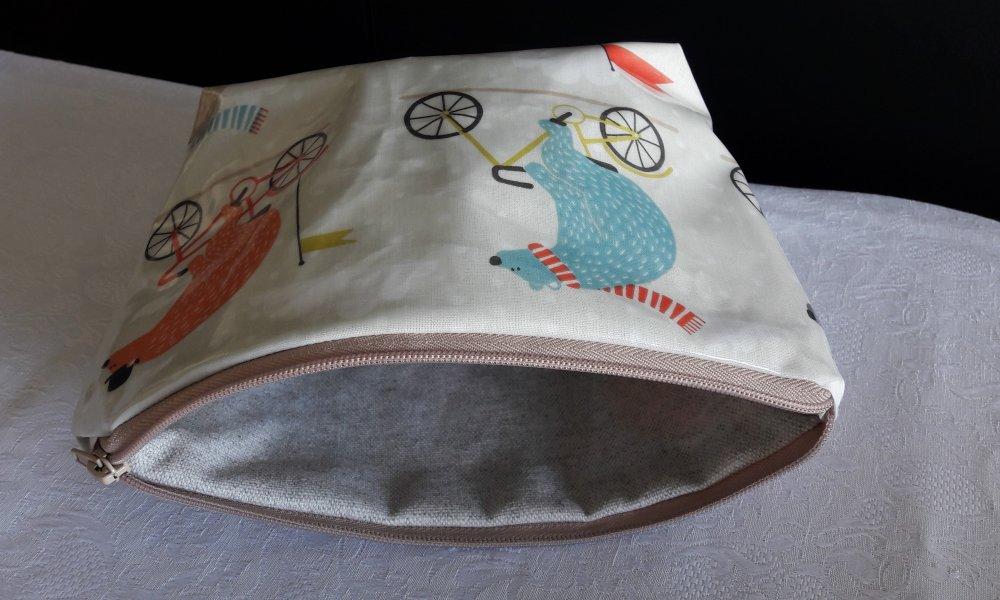 Trousse de toilette, trousse à tout, étanche, en coton enduit motifs ours à vélo