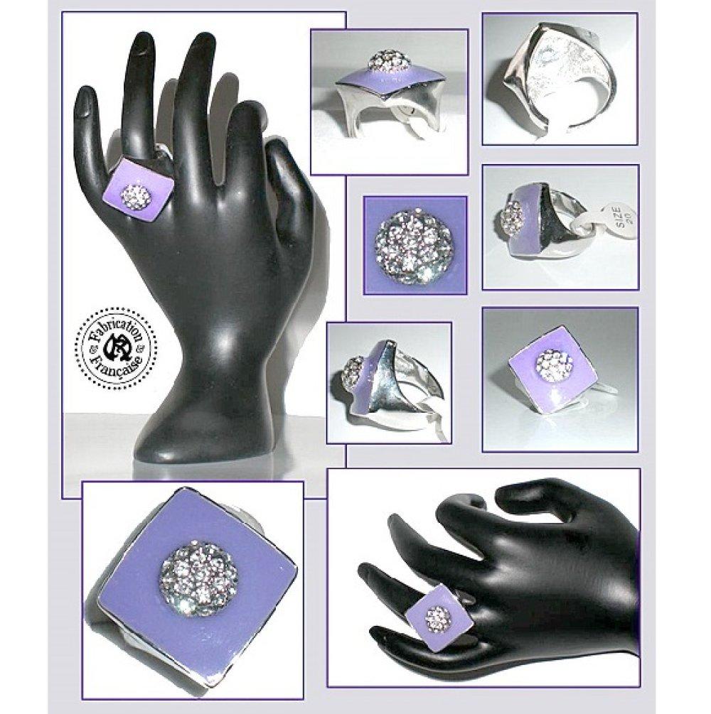 Bague en rhodium et émail violet lilas lavande style chevalière losange taille 20 size 60 modèle unique