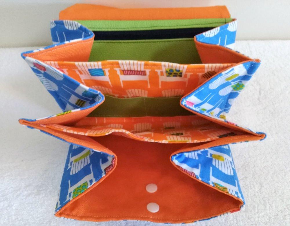 Pochette à soufflets style pop art en simili cuir et tissu  imprimé fauteuils art déco