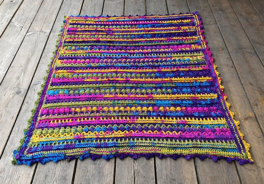 Couverture enfant naissance laine multicolore fait main