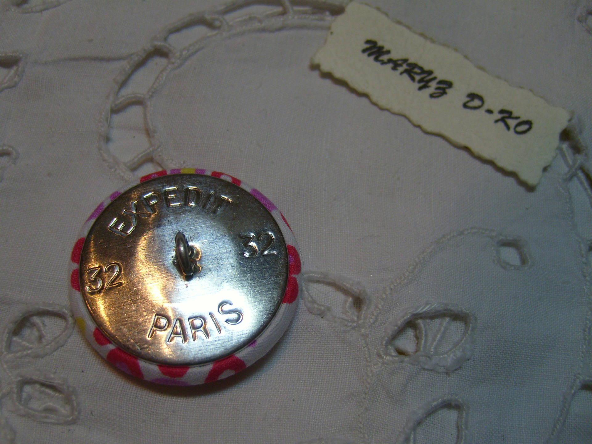 Bouton 32mm recouvert cuir d'agneau nubuck métallisé