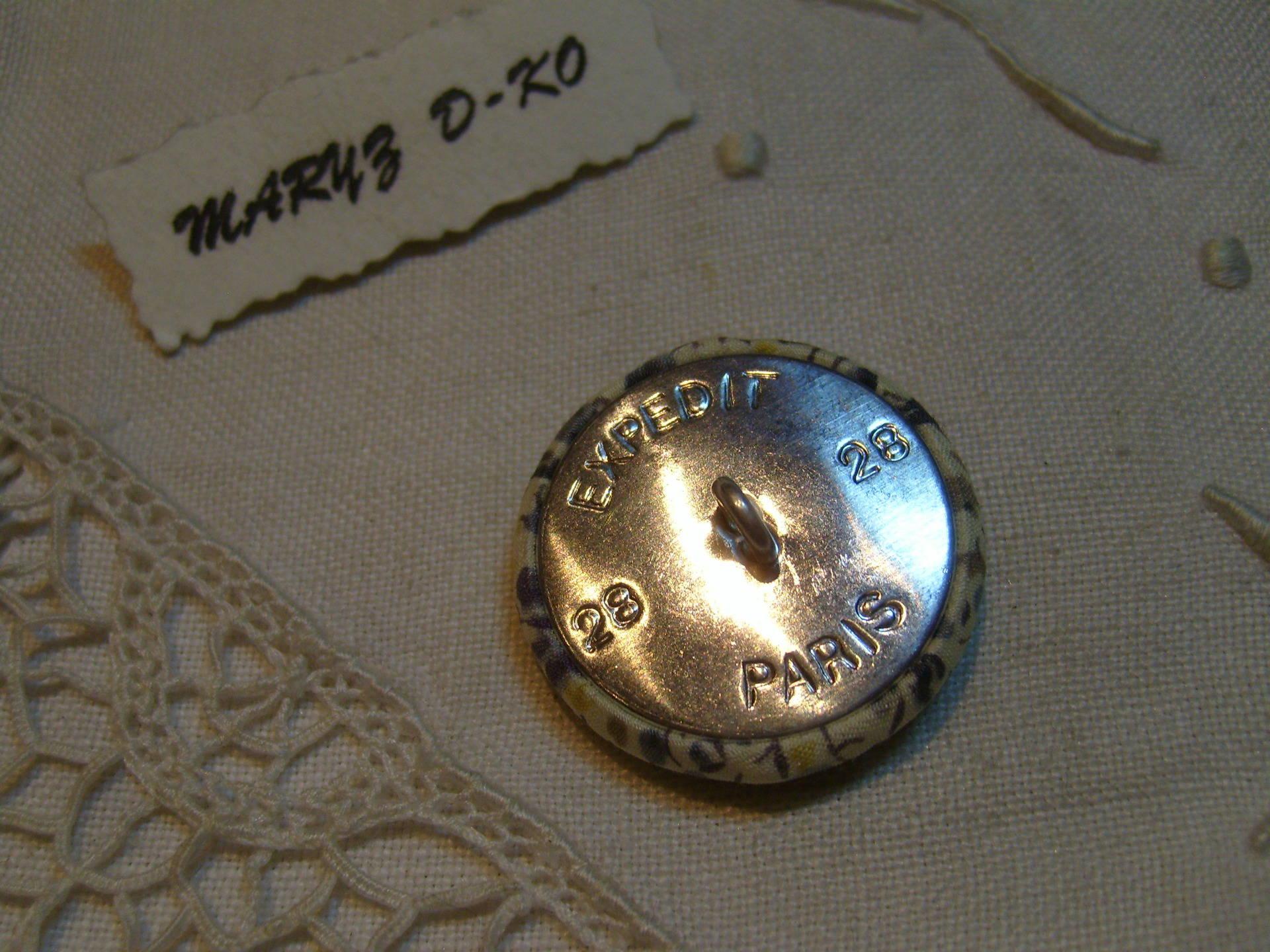 "Bouton 28mm recouvert de tissu Liberty "" Phoebe gris """