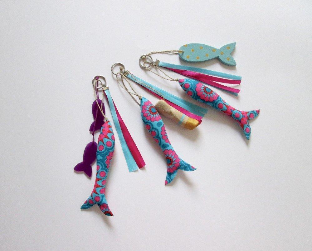 Porte-clés - bijoux de sac poisson tissu bleu et fuchsia