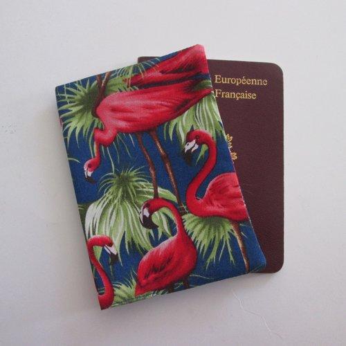 Protège passeport motif flamands rose