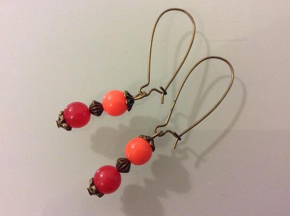 Boucle d'oreille perle rouge et orange Bo 91