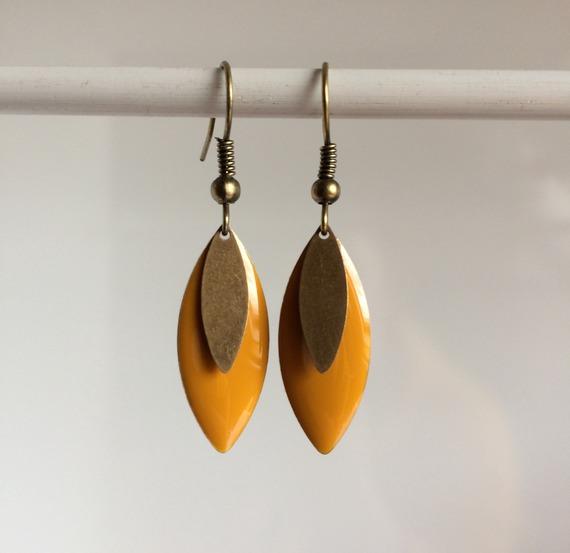 Boucle d'oreille navette jaune Bo 338
