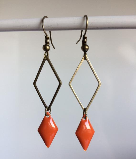 Boucle d'oreille losange orange Bo 71