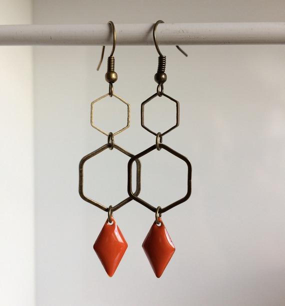 Boucle d'oreille géométrique orange   Bo 96