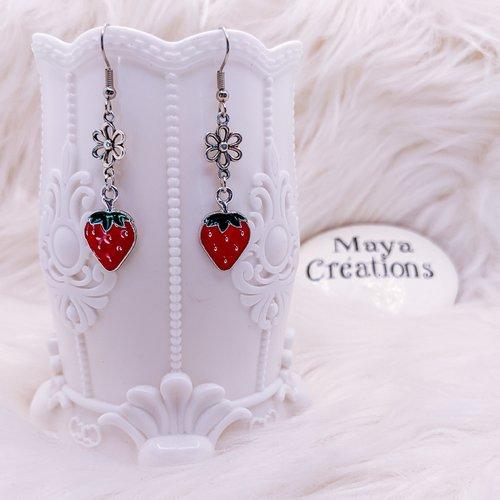 Boucles d'oreilles fraises rouge & argenté