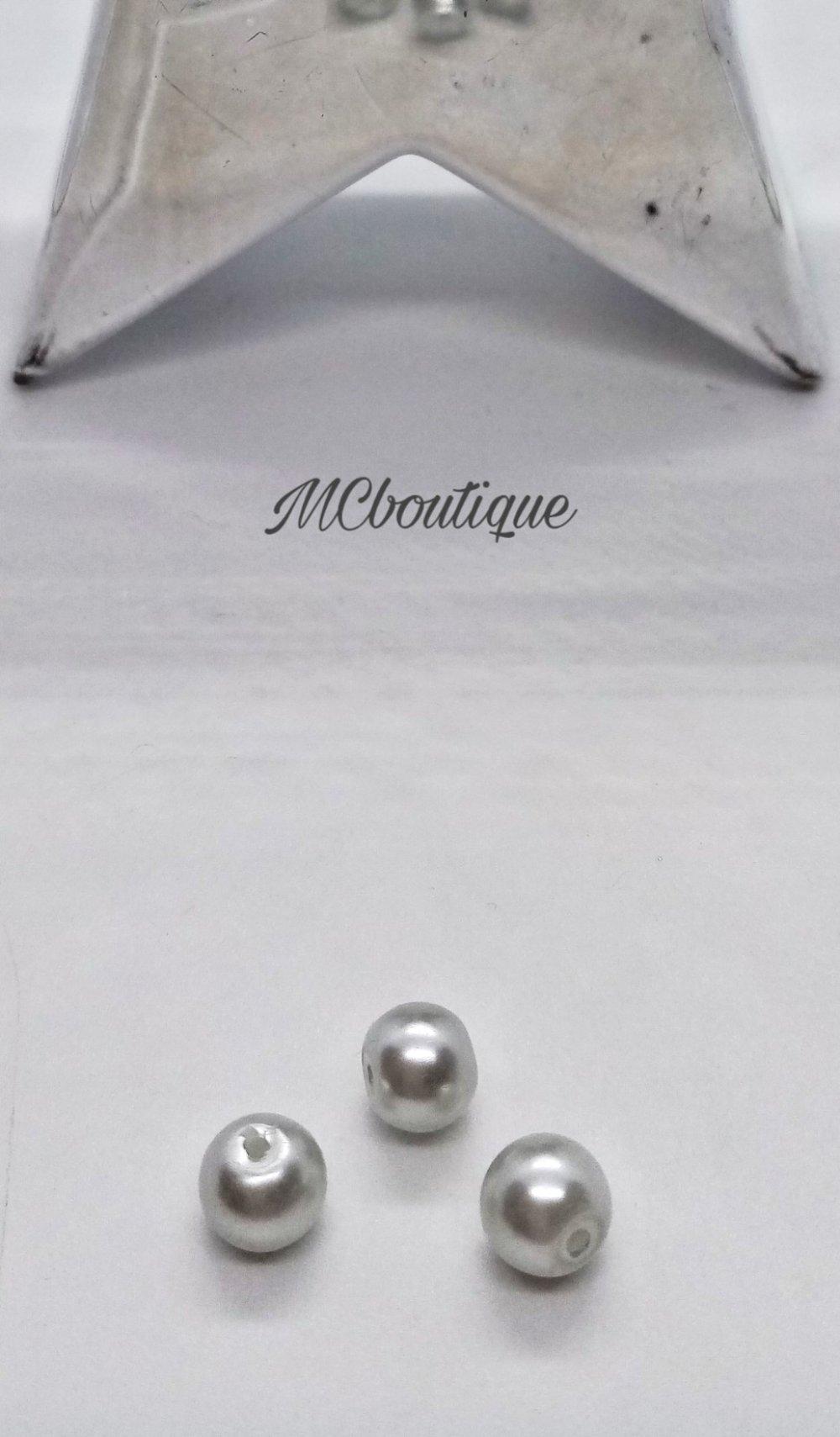 25 perles rondes effet nacré acrylique 8mm gris clair