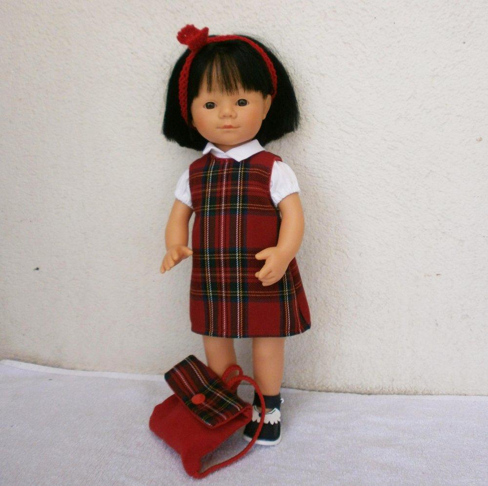 Habits poupée Marieta (35 cm) : Tenue d'écolière écossais rouge