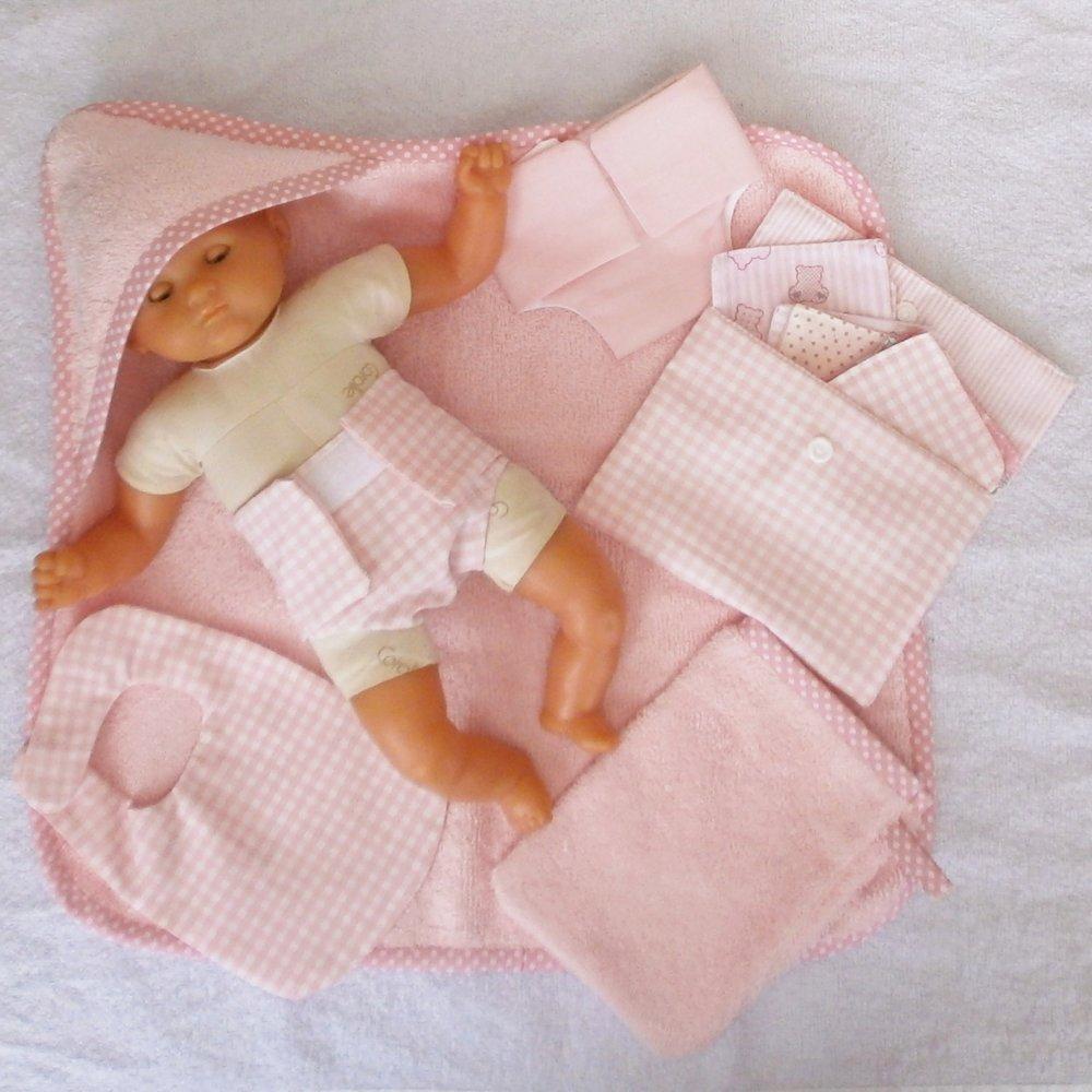 Habits poupon 30 cm - Accessoires de toilette rose pastel