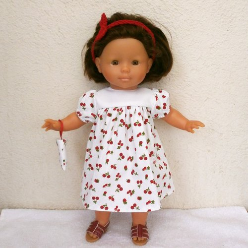 Habits poupée 36 cm : robe fruits rouges pour ma corolle