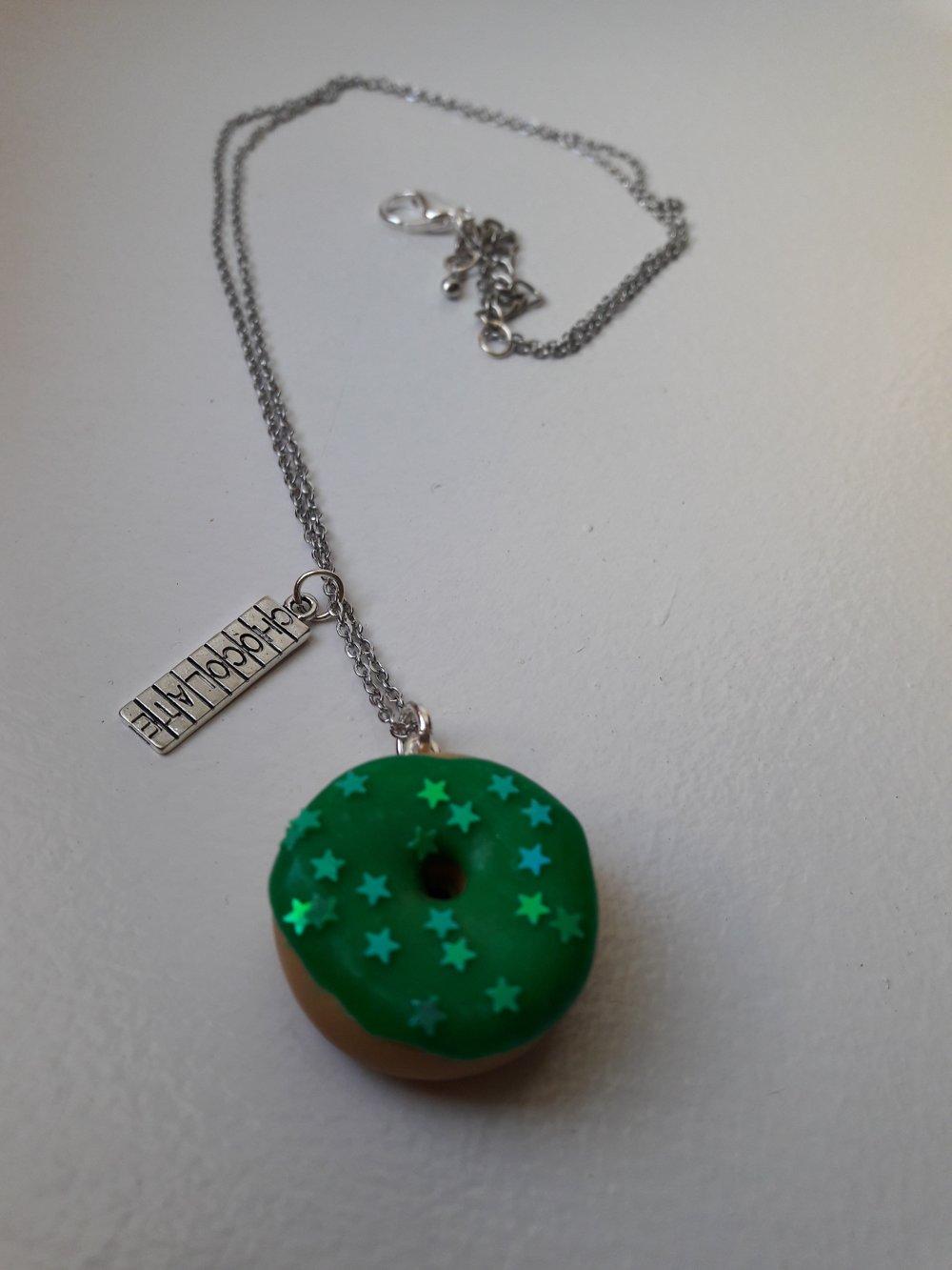Sautoir Donut vert étoiles