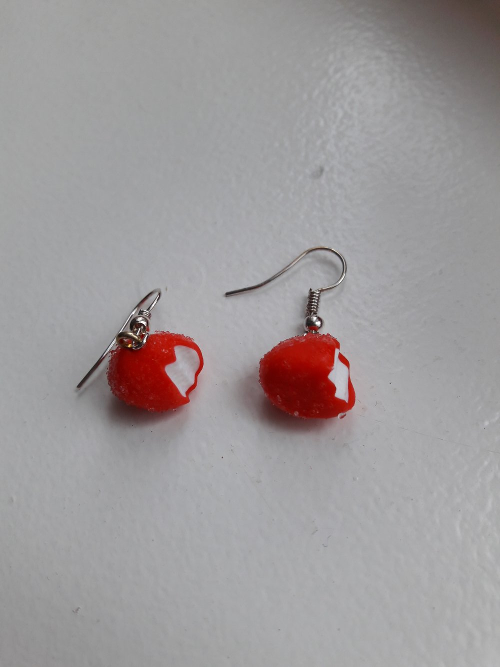 Boucles d'oreilles fraises tagada