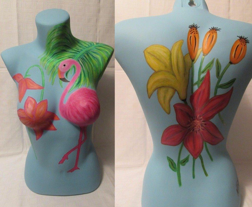UNIQUEMENT SUR COMMANDE Peinture acrylique sur buste thème flamant rose et fleurs