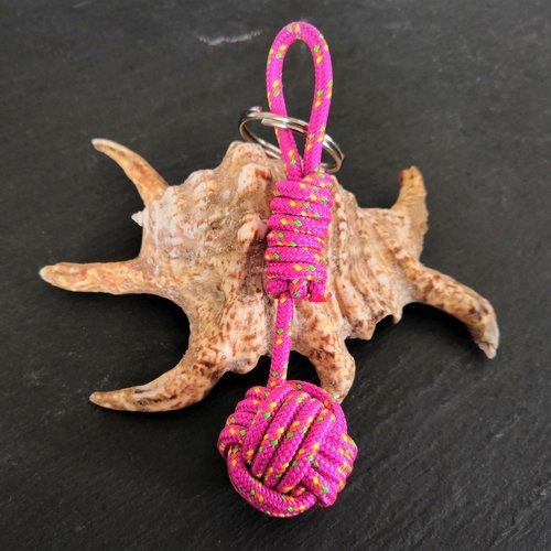 Porte-clés pomme de touline rose