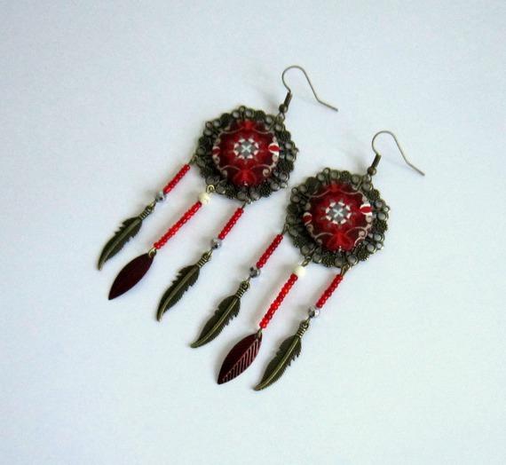 Boucles d'oreilles bohème chic, rétro, bordeaux, bronze, feuilles, plumes, cabochon coton