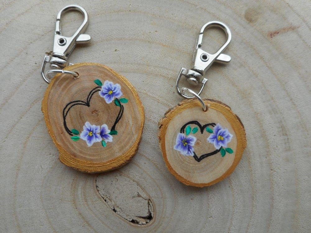 Porte clé peinture sur bois coeur & fleur en one stroke