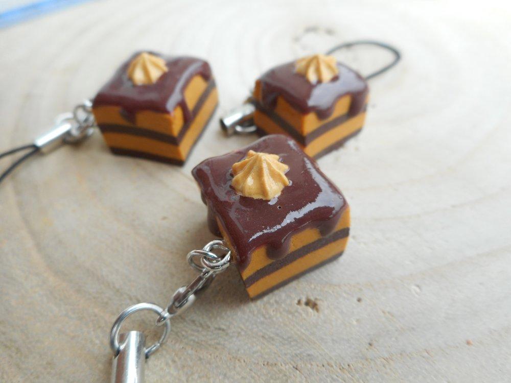Strap Gâteau chocolat caramel fimo