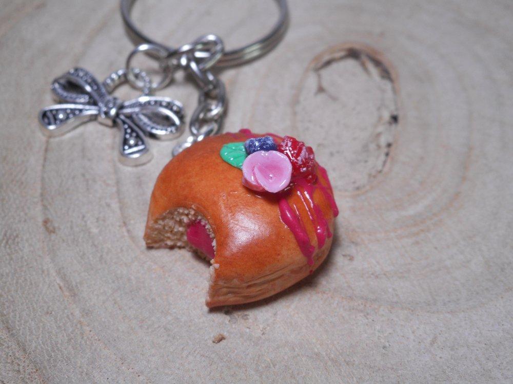 Porte clé beignet fimo / fait main en pâte polymère