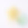 Perle étoile en silicone 23mm - jaune clair