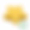 Perle étoile en silicone 23mm - jaune tournesol