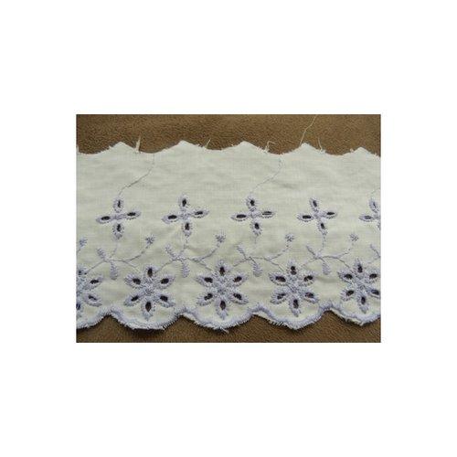Broderie anglaise coton fond blanc &violet, 7 cm /hauteur de broderie:5 cm
