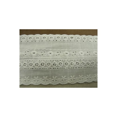 Broderie anglaise coton blanche, 9 cm