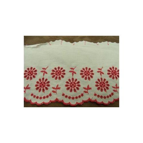 Broderie anglaise coton blanc & rose 13,5 cm / hauteur de broderie 7 cm